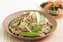 おいしくやせる 旬のおかずダイエットレシピ 脂質や糖質が体にたまるのをブロック! 「豚肉とサヤエンドウのショウガ炒め」