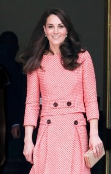 キャサリン妃、テロ翌日もロンドン市内で公務!被害者を追悼