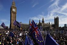英EU離脱反対派がデモ