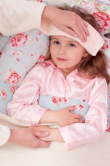 【医師監修】子どもの熱が下がらない! 原因となる病気11と対処法