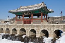 日本と韓国に迫る「絶縁の危機」