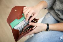 【お金に関する知識】ネットの情報には注意!雑誌や本を読む!そして使い方を考える!