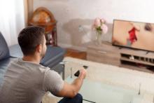 Skypeで24時間!? 「遠距離恋愛で楽しめる」エッチな遊び3つ