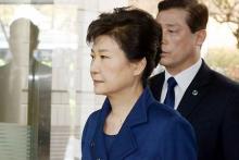 朴前大統領、地裁に出頭=逮捕状の可否審査-未明に結論か・韓国