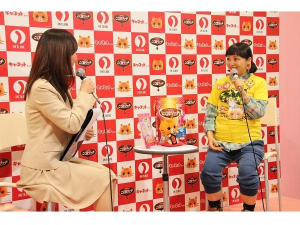【取材レポ】金田朋子さんがCMソングを生歌で披露!