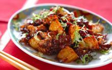 カリッ&こってりでご飯がすすむ! タケノコと豚肉のオイスター炒め