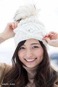 ミス青学  『逃げ恥』で女優デビューの山賀琴子、初めてのパーソナルブック発売 22歳のみずみずしい魅力満載