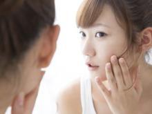 表情ジワの原因と改善方法