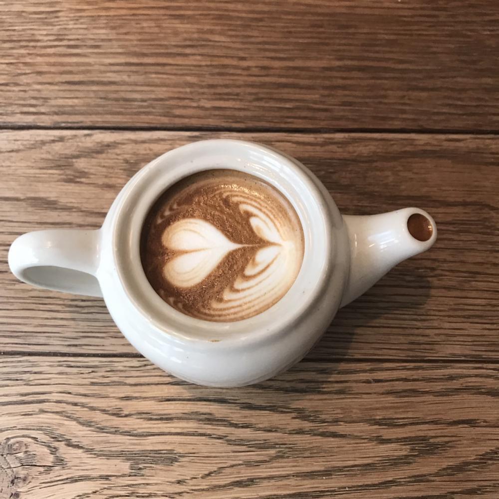 カップ持参でラテ無料! 7周年のストリーマーコーヒーが大胆企画