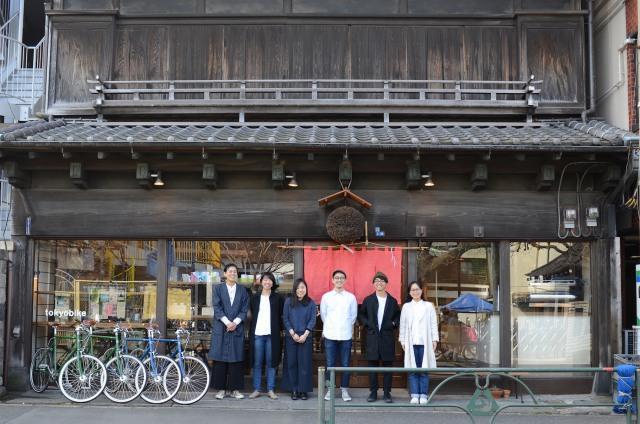 東京・谷中の新スポット、国内外の旅行者が集うレンタルバイク店