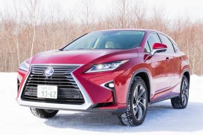 レクサスの人気SUV「RX」を雪降る北海道で試乗!