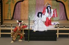 中村勘九郎も恋ダンス?時事ネタ、パロディー満載の新作歌舞伎