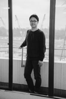 【著者に訊け】土田英生氏 小説デビュー作『プログラム』