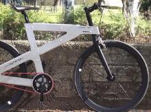 4枚の三角形で作った自転車「NoBike」…製造工程から溶接を排除