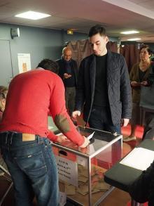 「EU反対」「政治刷新」=課題山積、一票に期待-仏大統領選
