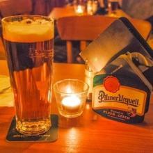 行った気になる世界遺産 (63) プラハをつまみにして飲むならカフカかミュシャか!? 美しき歴史地区に乾杯!