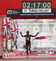 ケイタニー、歴代2位の2時間17分1秒=男子はワンジル初優勝-ロンドンマラソン