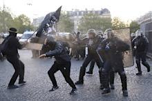 極左が警官隊と衝突=パリ