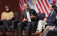 オバマ前大統領、学生と討論=退任後、初めて公の場に-米シカゴ