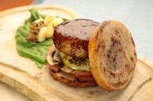 肉好き垂涎のボリューム満点メニュー、よい肉の日に登場!
