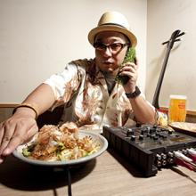 沖縄レゲエコンピCDのパイオニアDJ SASA、本日リリースした2アルバムのトレーラー映像公開