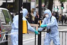 男をテロ容疑で拘束=ロンドン官庁街
