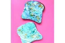 鮮やかカラーに釘付け♡スーパーフードでつくったマーメイド・トーストがインスタで話題