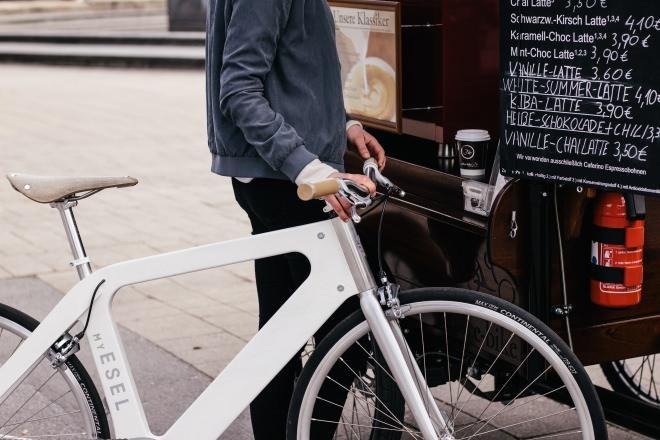 オーダーメイドな木製フレーム自転車「My ESEL」…独自アルゴリズムで、最適なフレームサイズを算出}