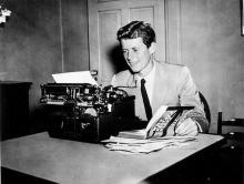 ケネディ氏日記、8000万円で落札=記者時代、戦後節目を記述