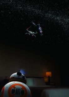 セガトイズ、スター・ウォーズの「R2-D2」と「BB-8」の形をしたプラネタリウムを発売