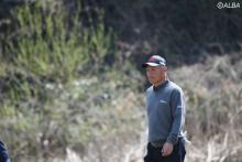 <中間速報>国内シニアツアー開幕!単独首位に冨永浩、崎山武志が4差9位T