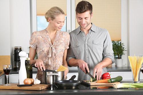 共働き夫婦の家事「妻の負担が7割以上」が80%超、【名もなき家事】の存在が夫婦間の負担割合の認識差に?
