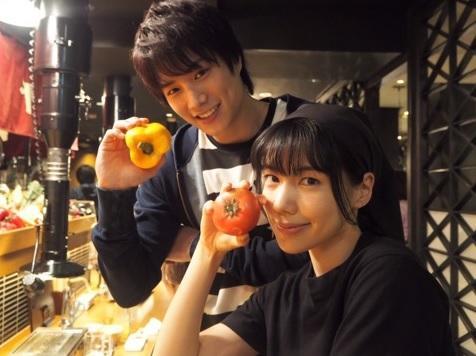 鈴木伸之、仲里依紗と『あなそれ』有島夫妻2ショットを公開