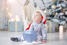 1歳のクリスマスの贈り物ベスト10! 子どもが喜ぶプレゼントまとめ