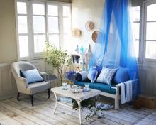 初夏のお部屋コーディネートのコツ インテリアカラーはブルー