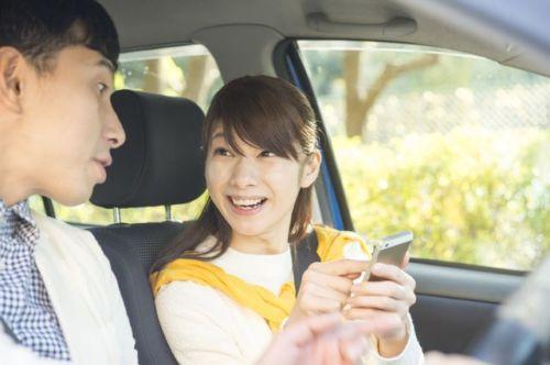 車内で…何してる?「夫婦間で盛り上がる」ドライブ中の内訳とは
