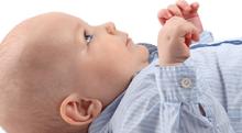 耳掃除のし過ぎは逆効果。子どもの外耳道炎について