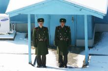 北朝鮮側から軍事境界線に行ってみた結果 / 北朝鮮から韓国を覗いてみる
