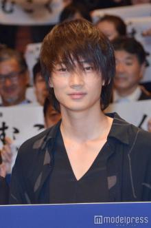 綾野剛、演技力を意外なところで再評価される「別人だ…」