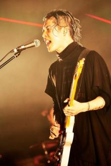 "<span class=""hlword1"">MIYAVI</span>、都内15本対バンライブ初日公演でTHE ORAL CIGARETTESと激突!"