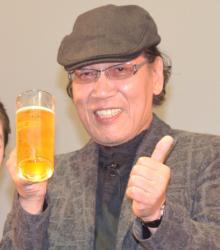 吉田類、イベントでも酒を飲む ほろ酔いで主演作語る