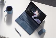 「Macbookよりすごいんだぜ!」と新型Surface Proがデビュー