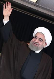 イラン大統領選、投票開始=現職穏健派に強硬派挑む