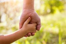 子育てブログいらない? 友利新さんの「子育てブログ」の意義に賛否両論