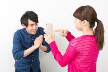 夫を浮気に走らせる妻の特徴とは?