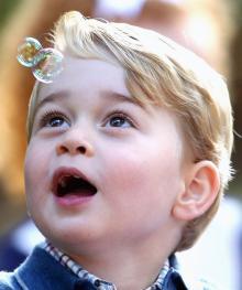 ジョージ王子、ママに叱られた泣きベソがカワイイ!