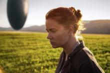 【映画コラム】知的好奇心を刺激する哲学的なSF映画『メッセージ』