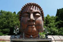 【石川県がスゴイ】小松市に超巨大な仏像が存在した! 地下に埋まっているロボットみたい