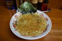 麺は口ほどにものを言う~ご当地ヌードル探訪~ スープ一面を覆うタマネギが主役! 東京都八王子市の「八王子ラーメン」