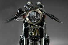 バイク好きのための腕時計 イタリア「SPILLO(スピーロ)」
